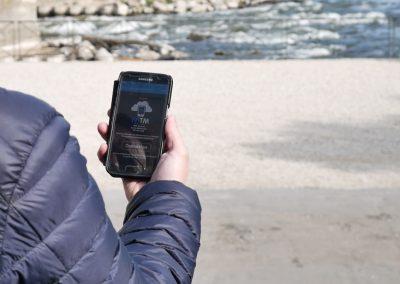A Tours, dès lors que le public se connecte à une borne WIFI gratuite, il accède directement à l'Internet haut débit